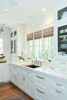 Stylish modern farmhouse kitchen makeover decor ideas 56