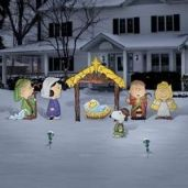 Awesome winter yard decoration ideas 12