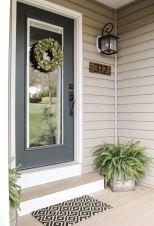 Fancy farmhouse fall porch decor and design ideas 28