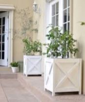 Fancy farmhouse fall porch decor and design ideas 36
