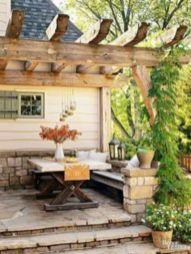 Fancy farmhouse fall porch decor and design ideas 43