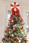 Perfect diy front porch christmas tree ideas on a budget 25