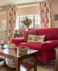 Romantic rustic farmhouse living room decor ideas 01