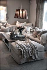 Romantic rustic farmhouse living room decor ideas 14