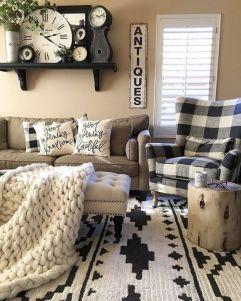 Romantic rustic farmhouse living room decor ideas 18
