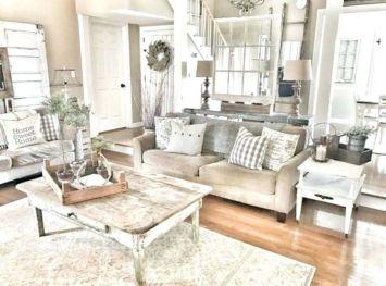 Romantic rustic farmhouse living room decor ideas 44