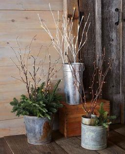 Stunning diy front porch christmas tree ideas on a budget 36