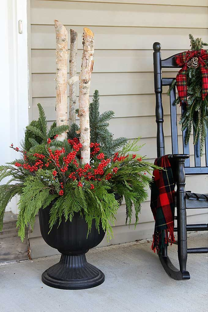 Stunning diy front porch christmas tree ideas on a budget 44