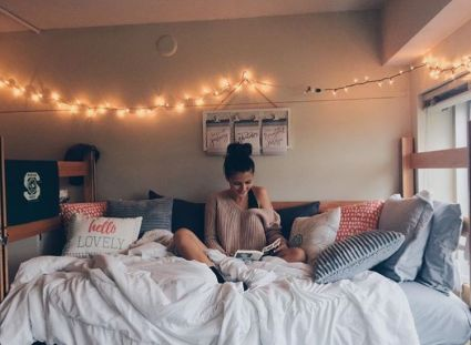Stylish cool dorm rooms style decor ideas 09