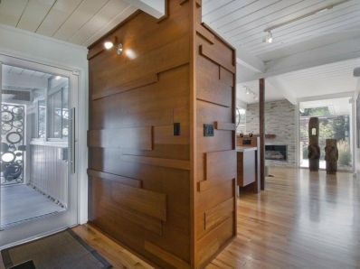 Awesome wooden panel walls bedroom ideas 20
