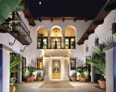 Beautiful mediterranean patio designs ideas 29