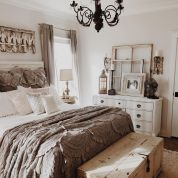 Casual vintage farmhouse bedroom ideas 09