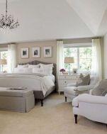 Cozy farmhouse master bedroom decoration ideas 09