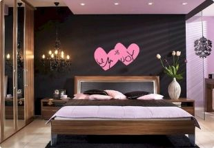 Inspiring valentine bedroom decor ideas for couples 43