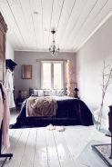 Lovely white bedroom decorating ideas for winter 28