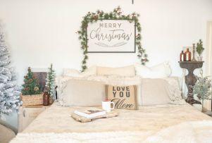 Lovely white bedroom decorating ideas for winter 40