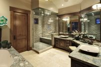 Luxurious bathroom designs ideas that exude luxury 05