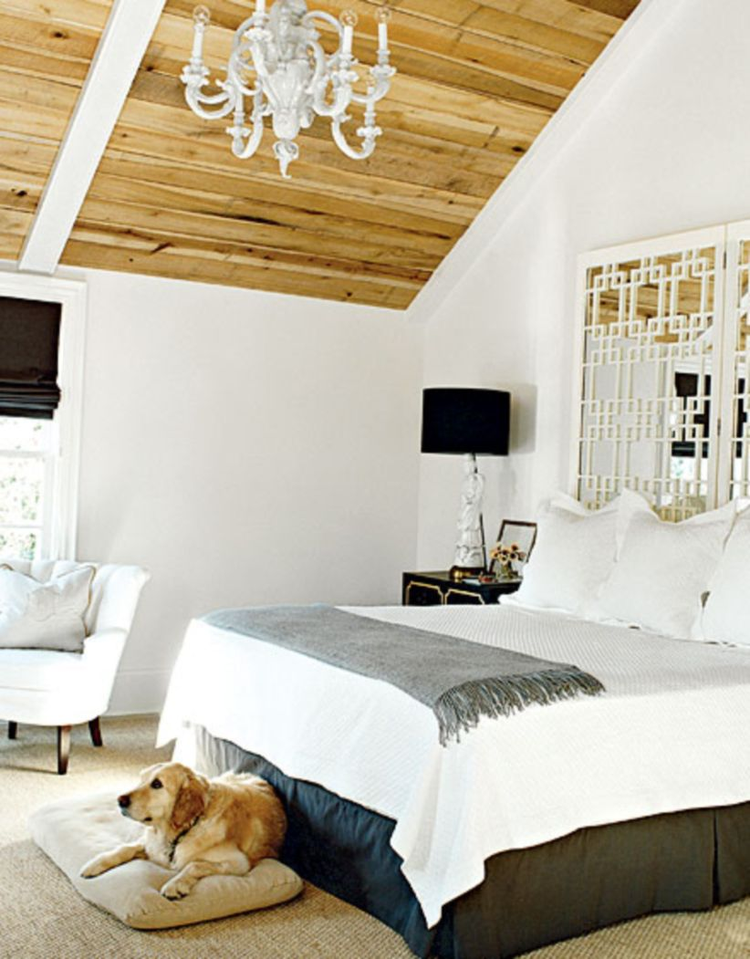 Pretty bedroom designs ideas with exposed wooden beams 10