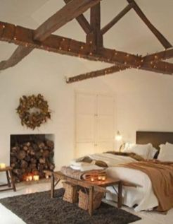 Pretty bedroom designs ideas with exposed wooden beams 43