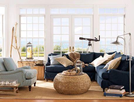 Stylish coastal living room decoration ideas 11