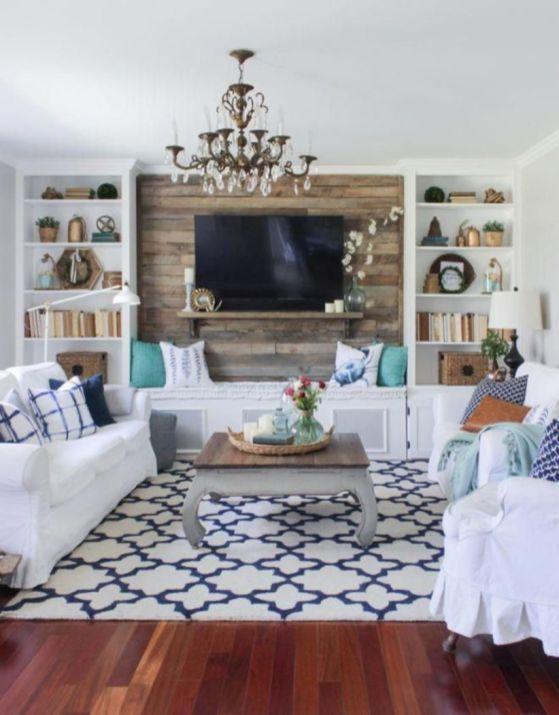 Stylish coastal living room decoration ideas 21