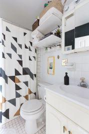 Affordable bathroom design ideas for apartment 28