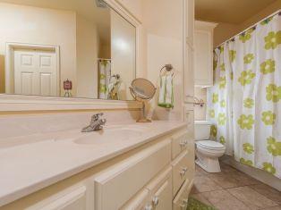 Amazing bathroom curtain ideas for 2019 21