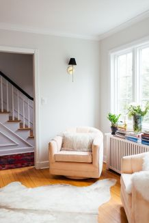 Awesome big living room design ideas with stairs 30
