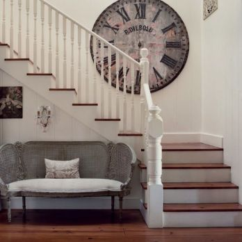Awesome big living room design ideas with stairs 32