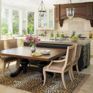 Comfy formal table centerpieces decorating ideas for dining room 38