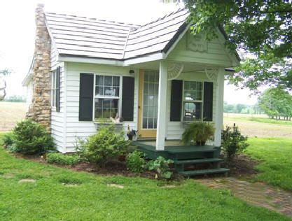 Cool small gardening ideas for tiny house 08