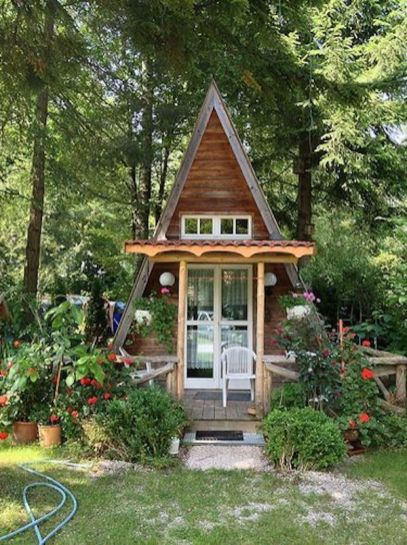 Cool small gardening ideas for tiny house 15