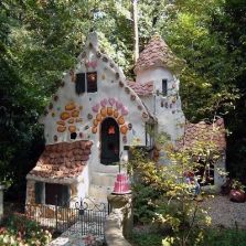 Cool small gardening ideas for tiny house 16
