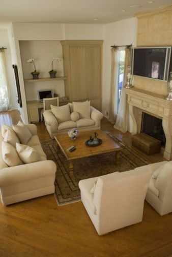 Creative coffee table design ideas for living room 08