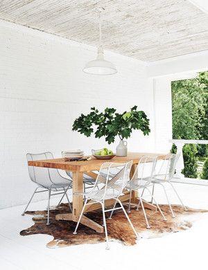 Cute dining room rug decorating ideas 13