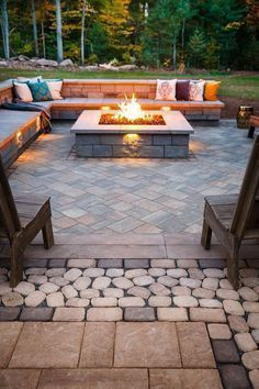 Elegant backyard landscaping ideas using bricks 07