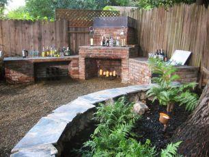Elegant backyard landscaping ideas using bricks 20