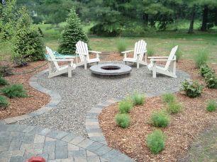 Elegant backyard landscaping ideas using bricks 22