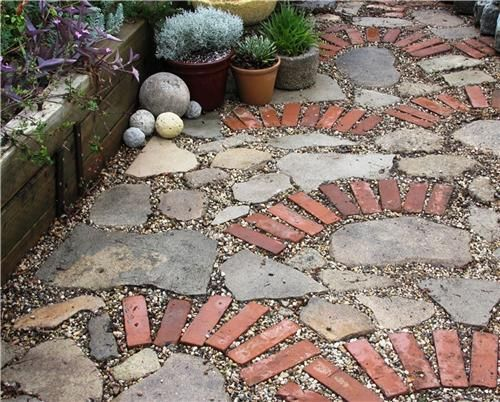 Elegant backyard landscaping ideas using bricks 52