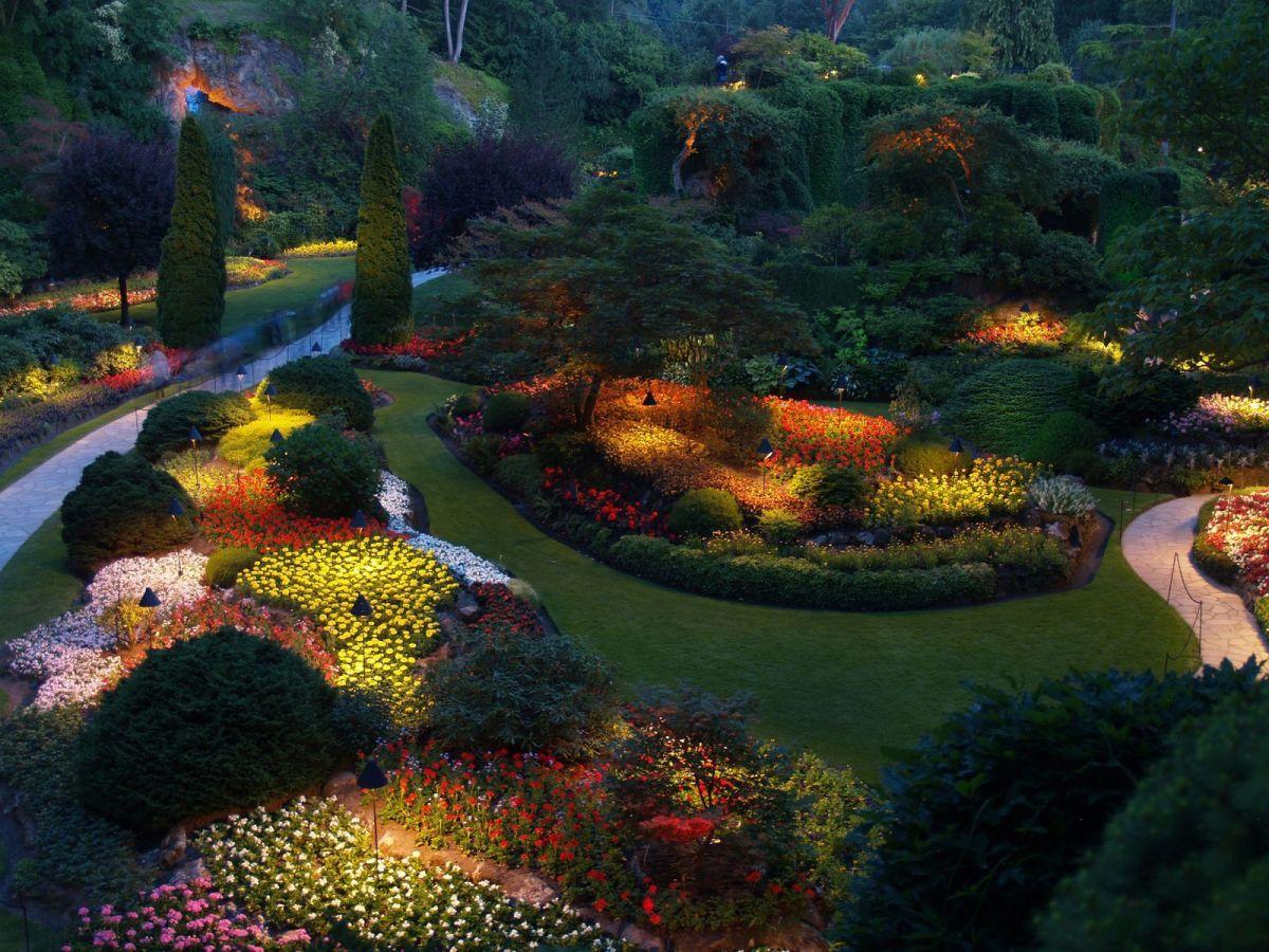 Gorgeous night yard landscape lighting design ideas 21