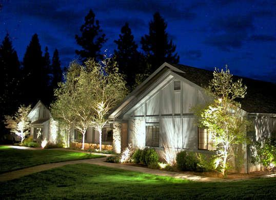 Gorgeous night yard landscape lighting design ideas 32