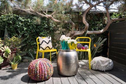 Modern small outdoor patio design decorating ideas 02