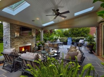 Romantic rustic outdoor kitchen designs with fireplace 23