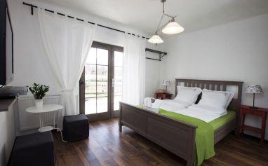 Stunning grey bedroom flooring ideas for soft room 16