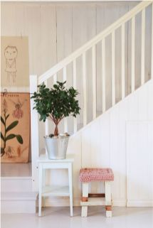Adorable simple entryway decorating ideas for small spaces 10
