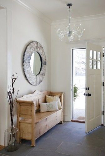 Adorable simple entryway decorating ideas for small spaces 29