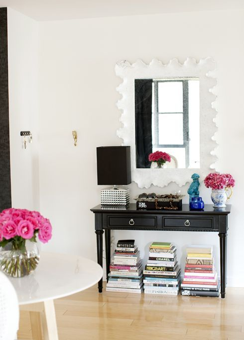 Adorable simple entryway decorating ideas for small spaces 46