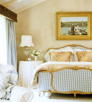Awesome french style bedroom decor ideas 24