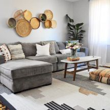 Charming gray living room design ideas for your apartment 34