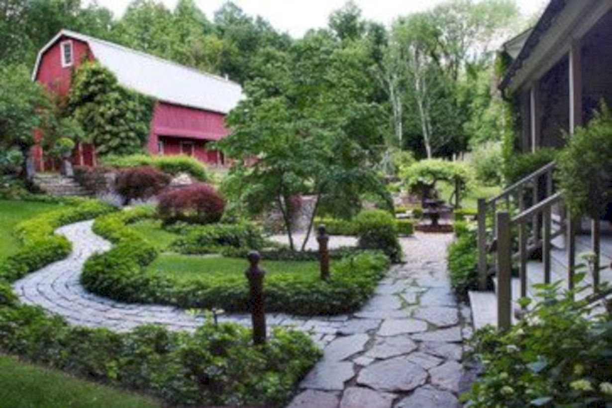 Comfy green country backyard remodel ideas 07